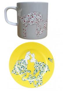 鹿のカップとうさぎのお皿